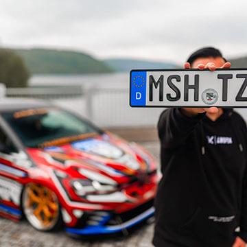 Individuelles 3D-Kennzeichen für Sportwagen