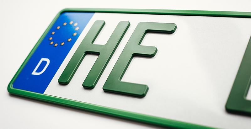 Grünes 3D Kennzeichen